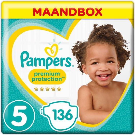 Pampers Premium Protection - Maat 5 (Junior) 11-16 kg - Maandbox 136 Stuks - Luiers